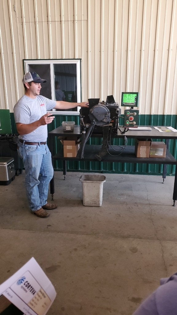 Justin Herting explains seed meters.