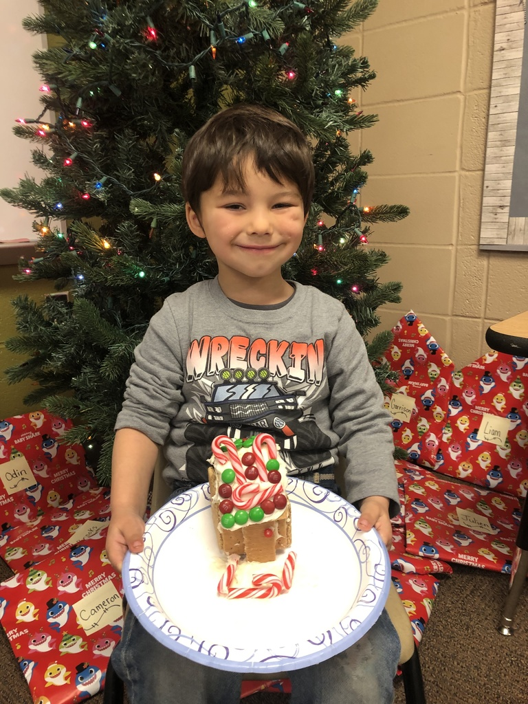 Gingerbread Houses in Kindergarten